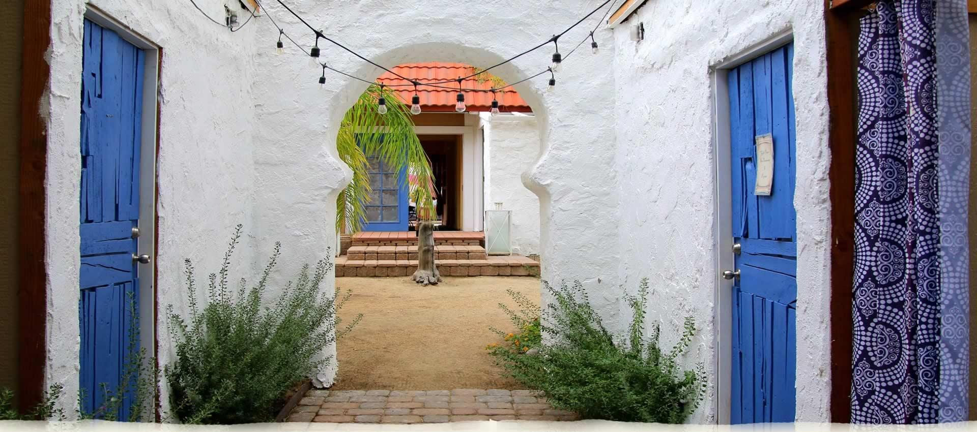 El Morocco Inn spa garden