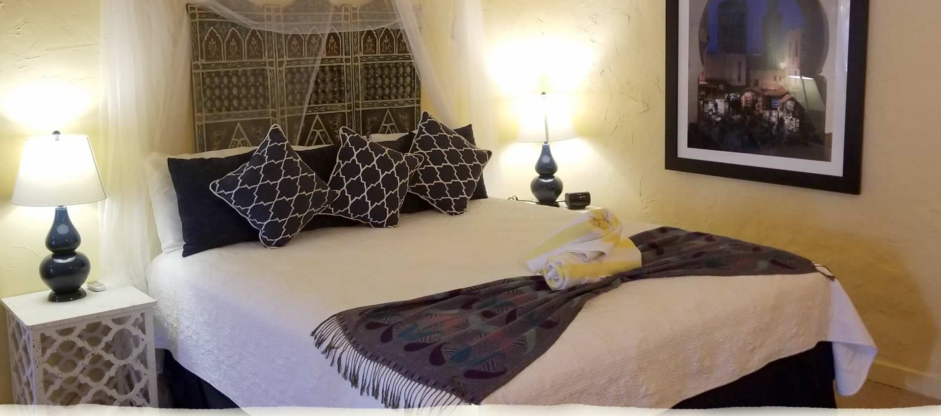 Private King Room Bed